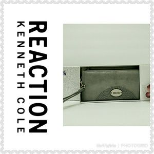 Kenneth Cole Reaction Wristlet-NW/OT